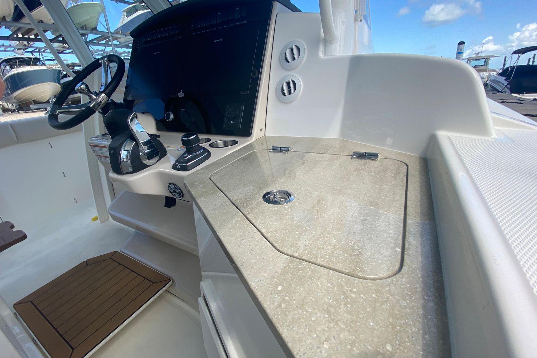 2021 Boston Whaler                                                              350 Realm Image Thumbnail #8