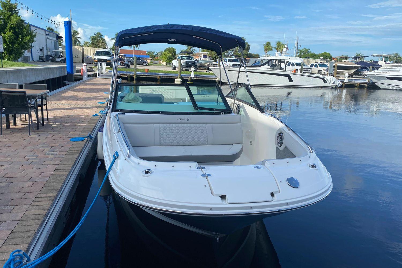 2021 Sea Ray                                                              SDX 250 Outboard Image Thumbnail #2