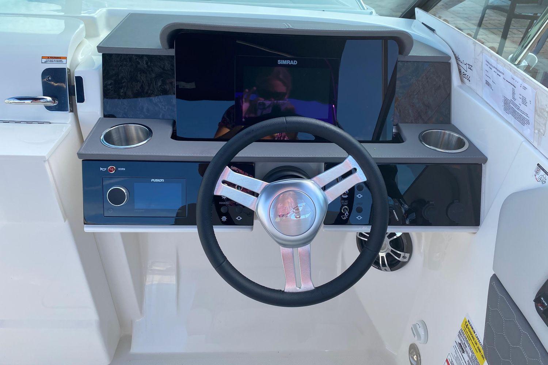 2021 Sea Ray                                                              SDX 250 Outboard Image Thumbnail #8