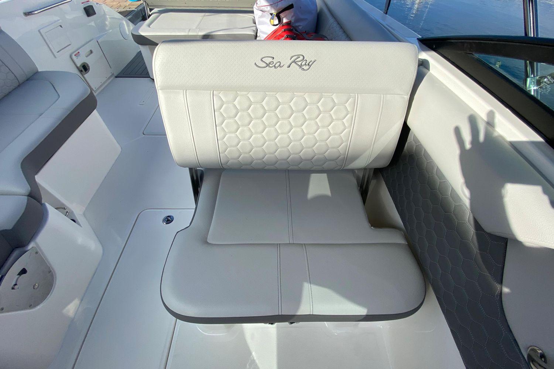 2021 Sea Ray                                                              SDX 250 Outboard Image Thumbnail #16