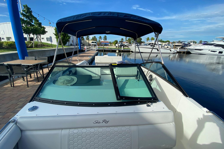 2021 Sea Ray                                                              SDX 250 Outboard Image Thumbnail #21