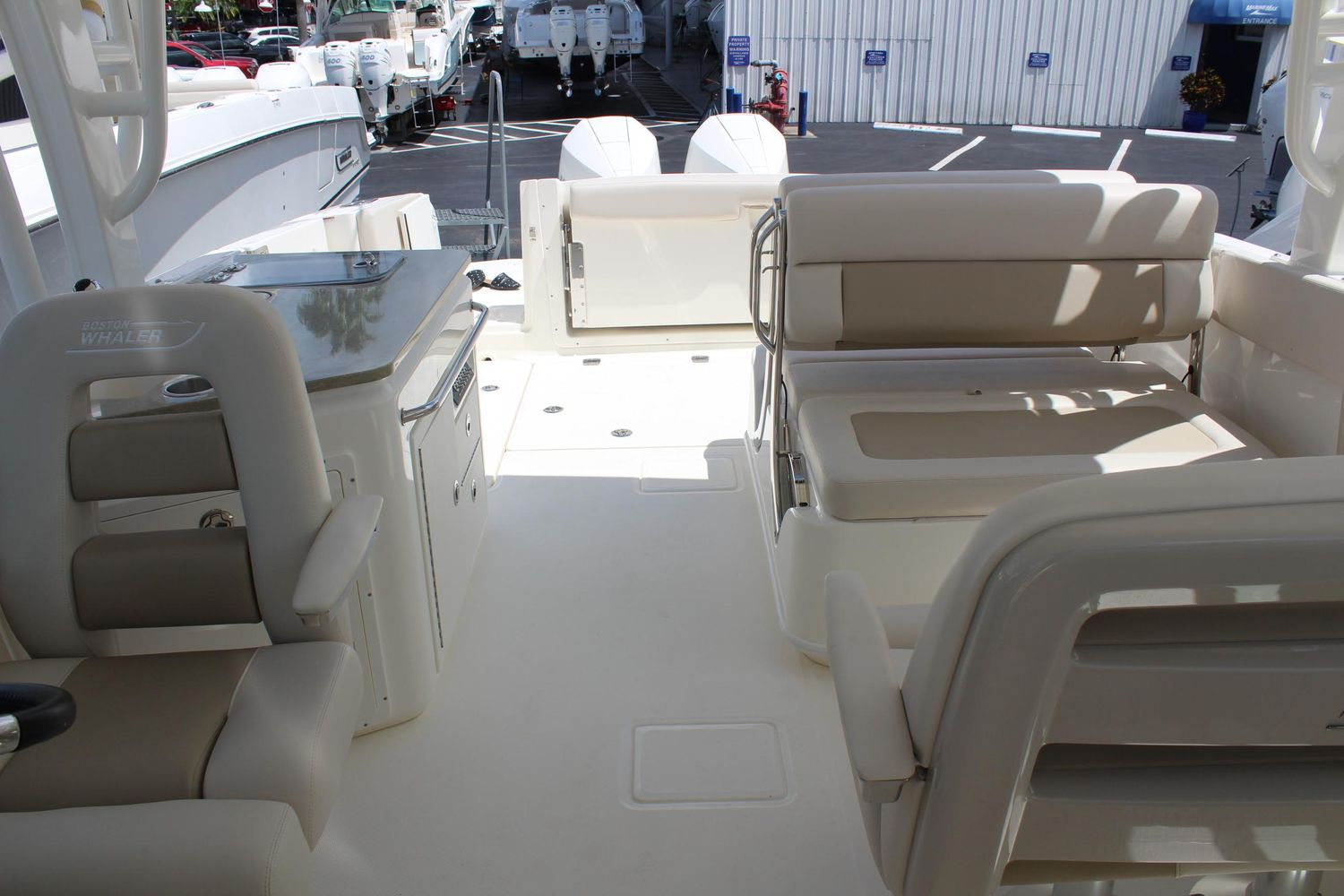 2021 Boston Whaler                                                              320 Vantage Image Thumbnail #13