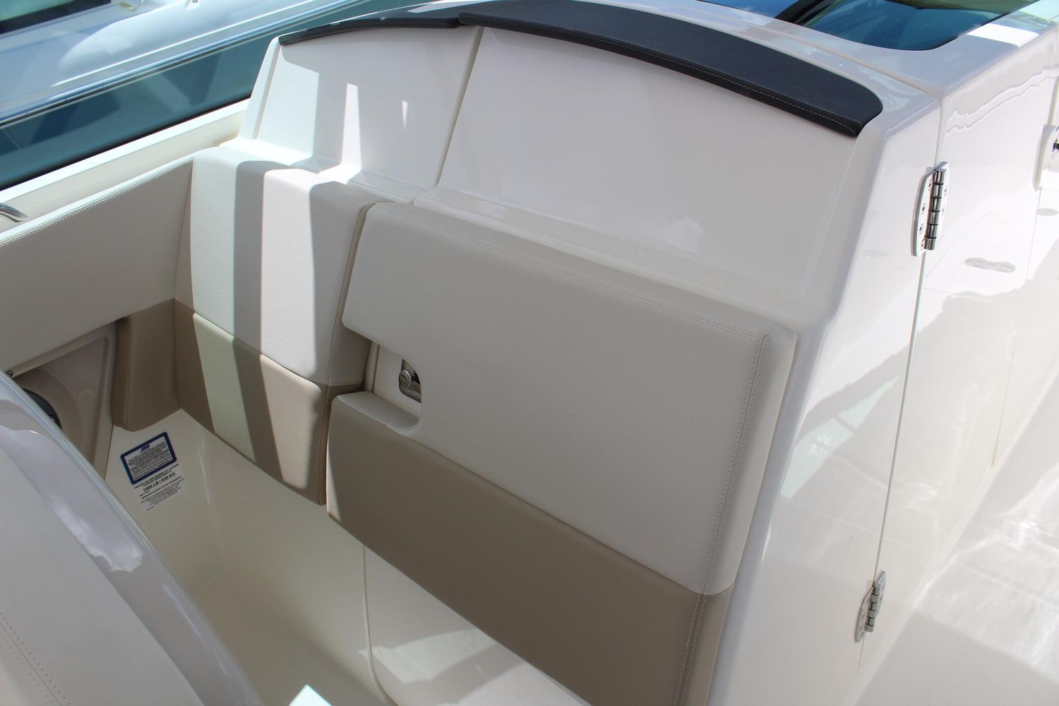 2021 Boston Whaler                                                              320 Vantage Image Thumbnail #14