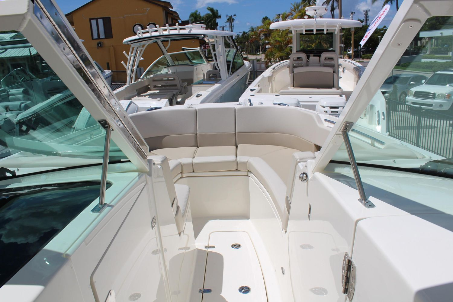 2021 Boston Whaler                                                              320 Vantage Image Thumbnail #17