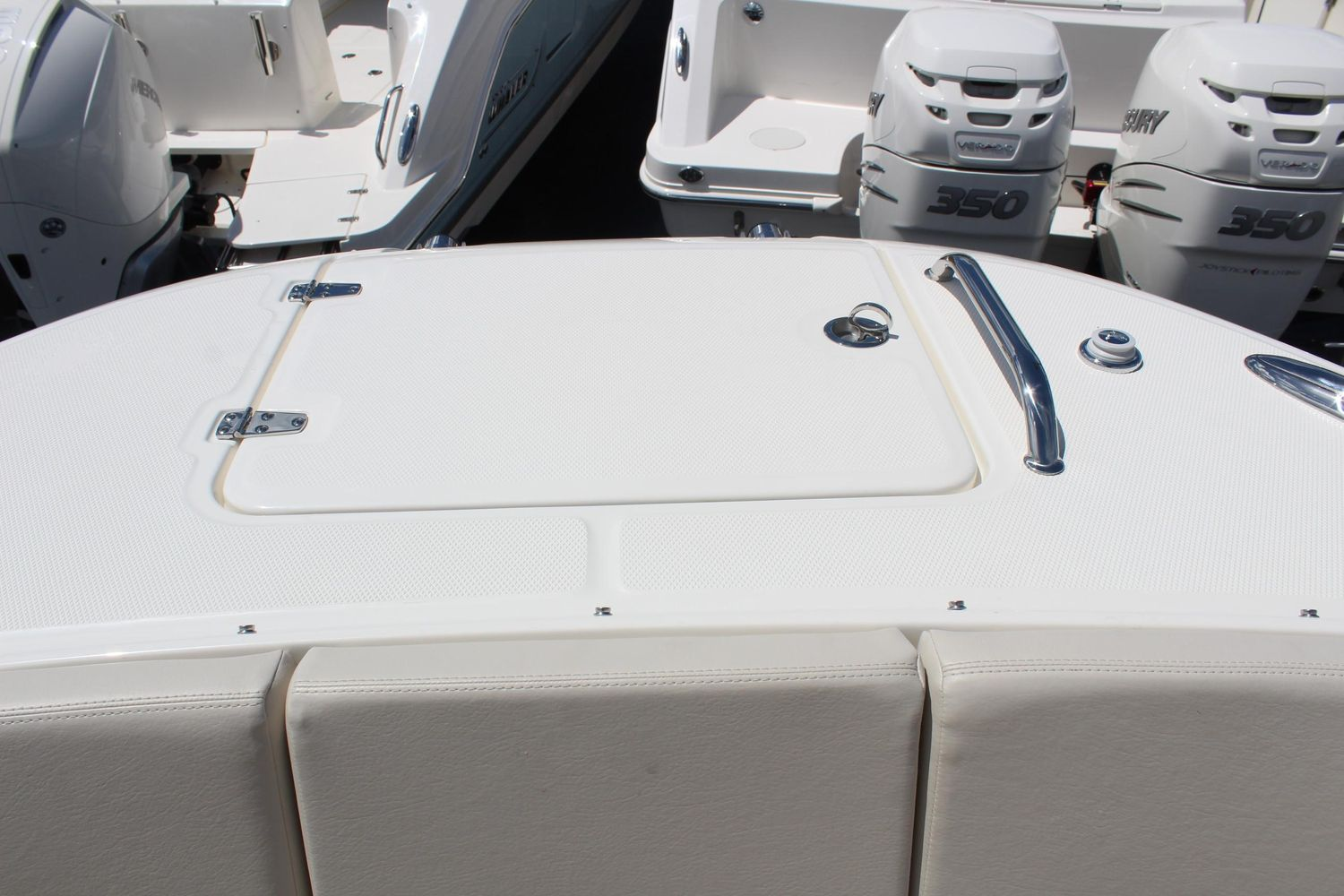 2021 Boston Whaler                                                              320 Vantage Image Thumbnail #19