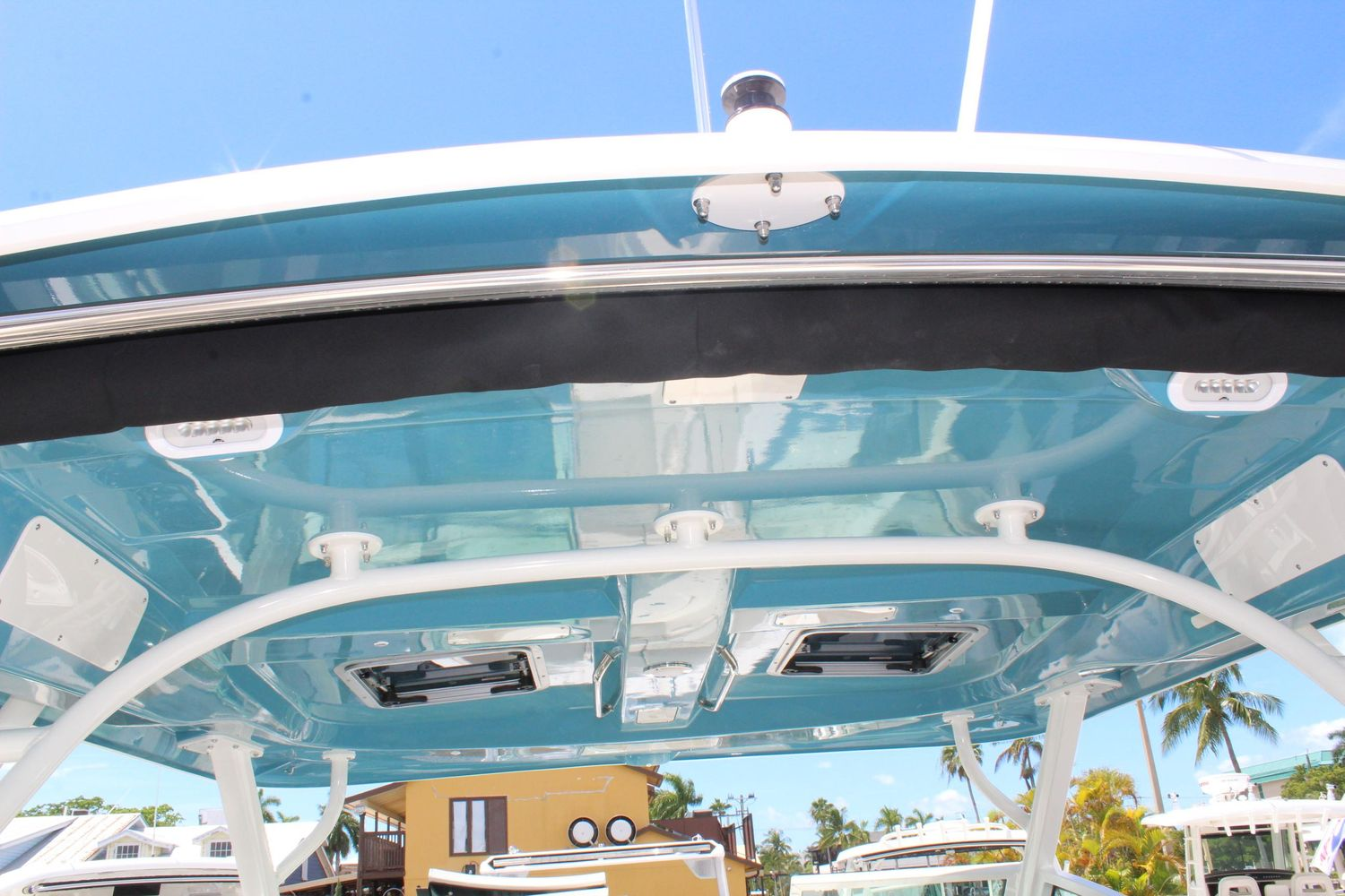 2021 Boston Whaler                                                              320 Vantage Image Thumbnail #20