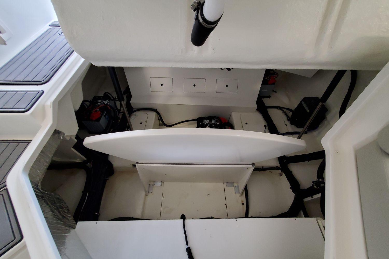 2021 Sea Ray                                                              SLX 310 OB Image Thumbnail #7