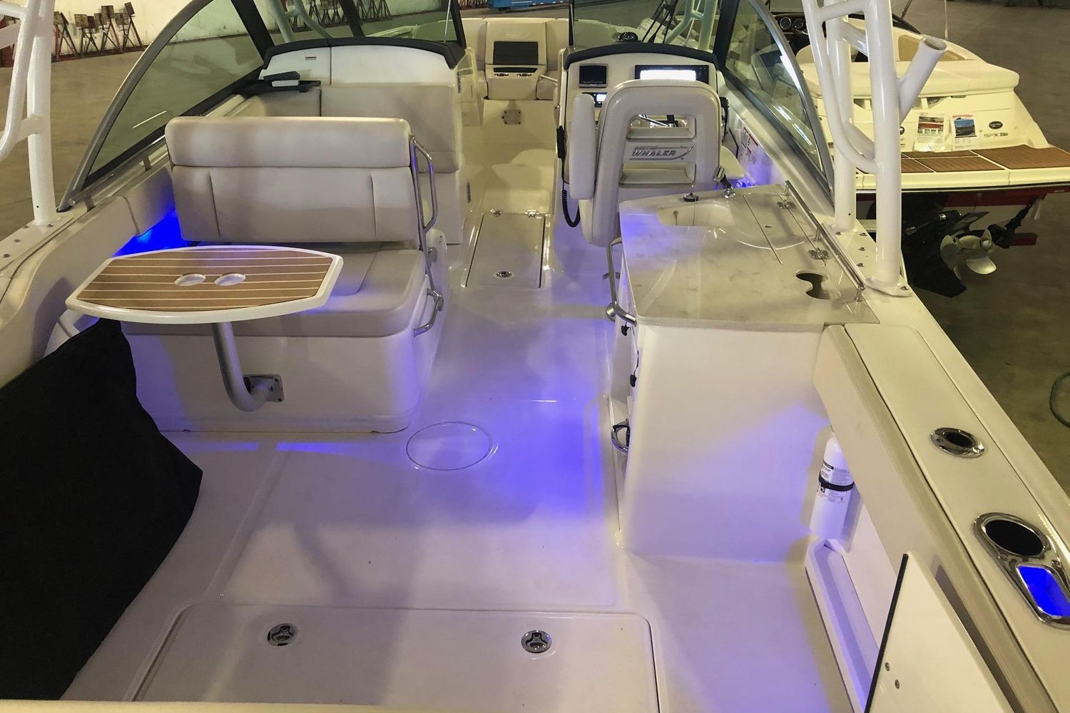 2018 Boston Whaler                                                              270 Vantage Image Thumbnail #10