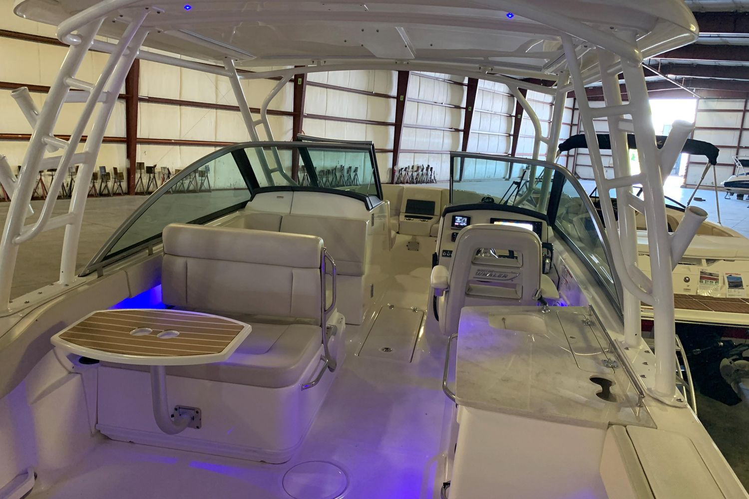 2018 Boston Whaler                                                              270 Vantage Image Thumbnail #13