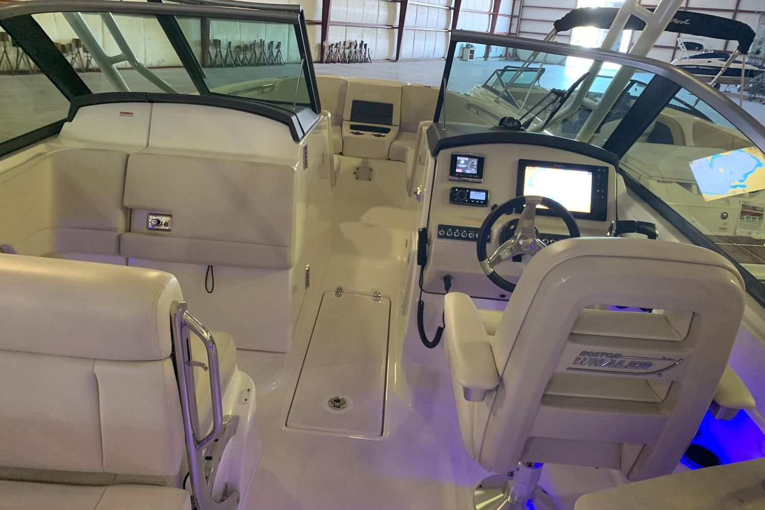 2018 Boston Whaler                                                              270 Vantage Image Thumbnail #20