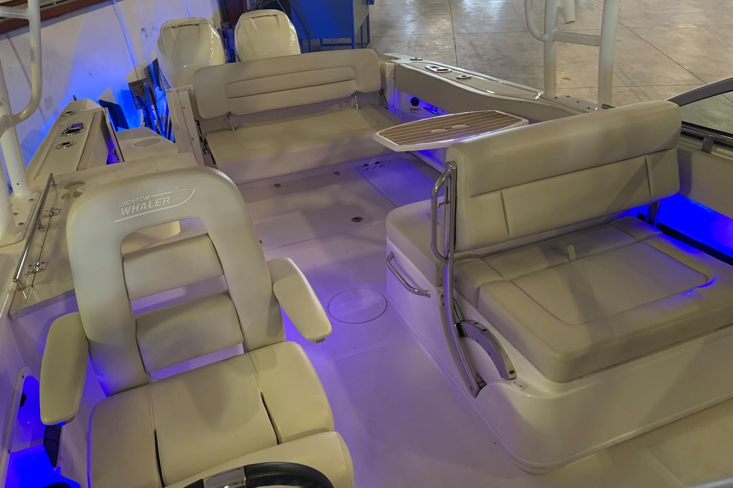 2018 Boston Whaler                                                              270 Vantage Image Thumbnail #22