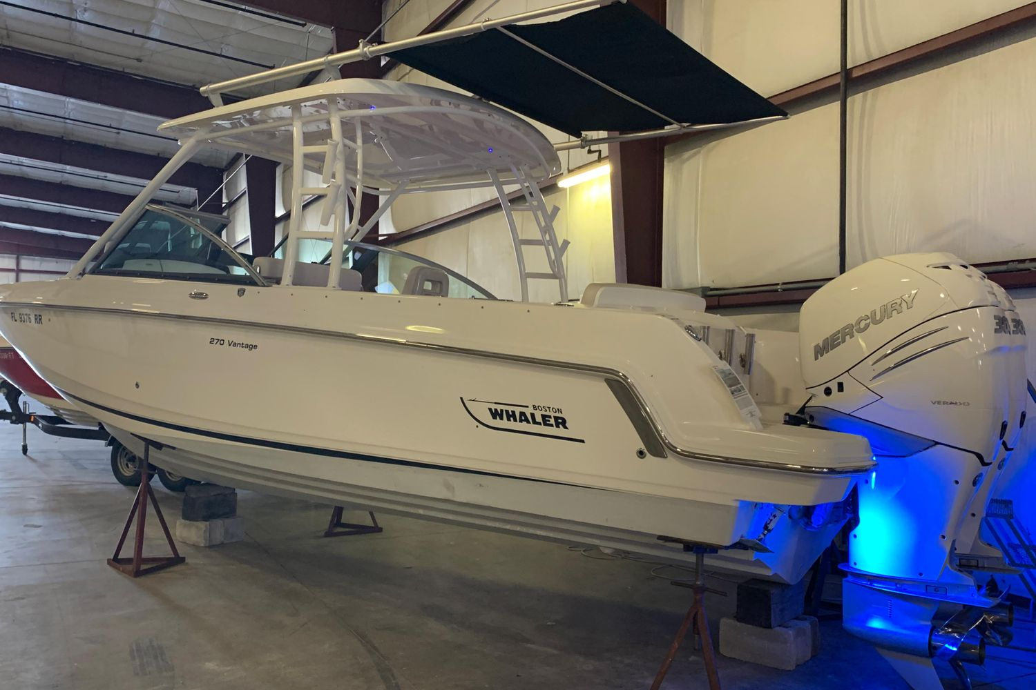 2018 Boston Whaler                                                              270 Vantage Image Thumbnail #3