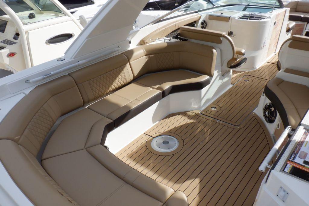 2020 Sea Ray                                                              SLX 350 OB Image Thumbnail #9