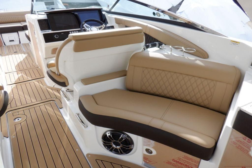 2020 Sea Ray                                                              SLX 350 OB Image Thumbnail #12
