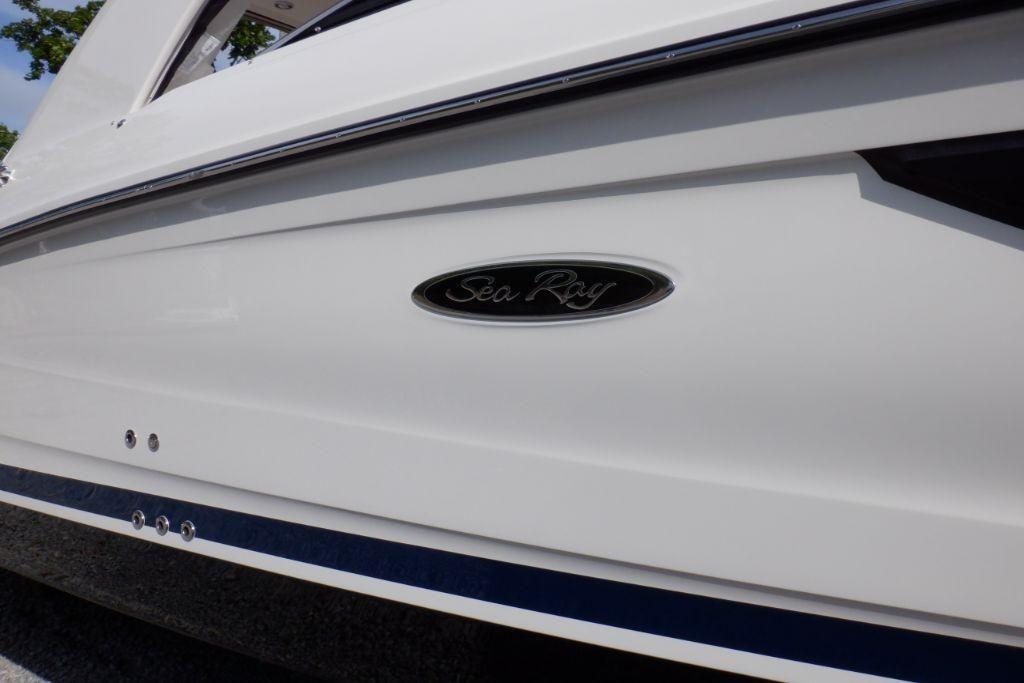 2020 Sea Ray                                                              SLX 350 OB Image Thumbnail #4