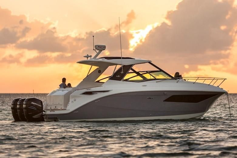 2021 Sea Ray                                                              Sundancer 320 OB Image Thumbnail #4