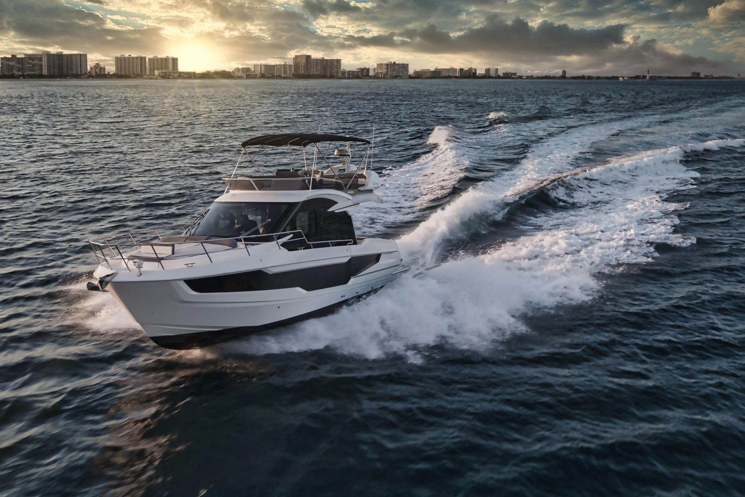Photo 15 for 2022 Galeon 400 Fly