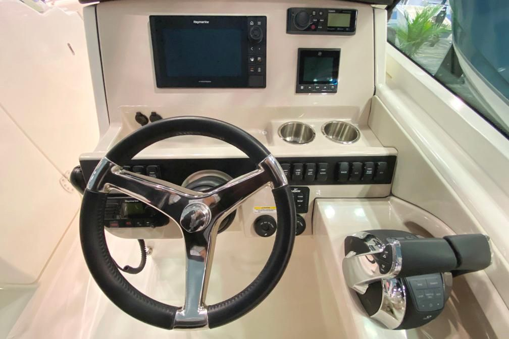 2021 Boston Whaler                                                              280 Vantage Image Thumbnail #14