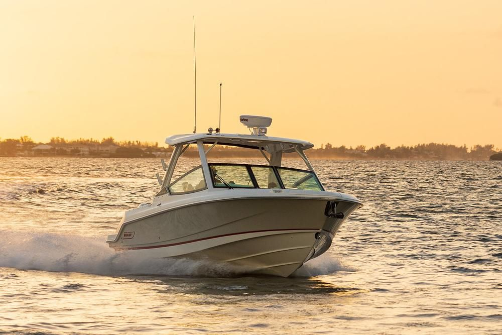 2021 Boston Whaler                                                              280 Vantage Image Thumbnail #3