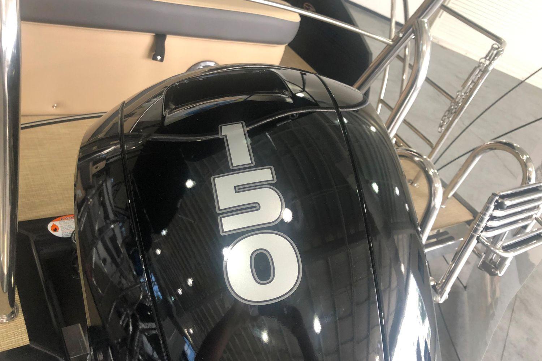 2021 Harris                                                              Cruiser 230 Image Thumbnail #17