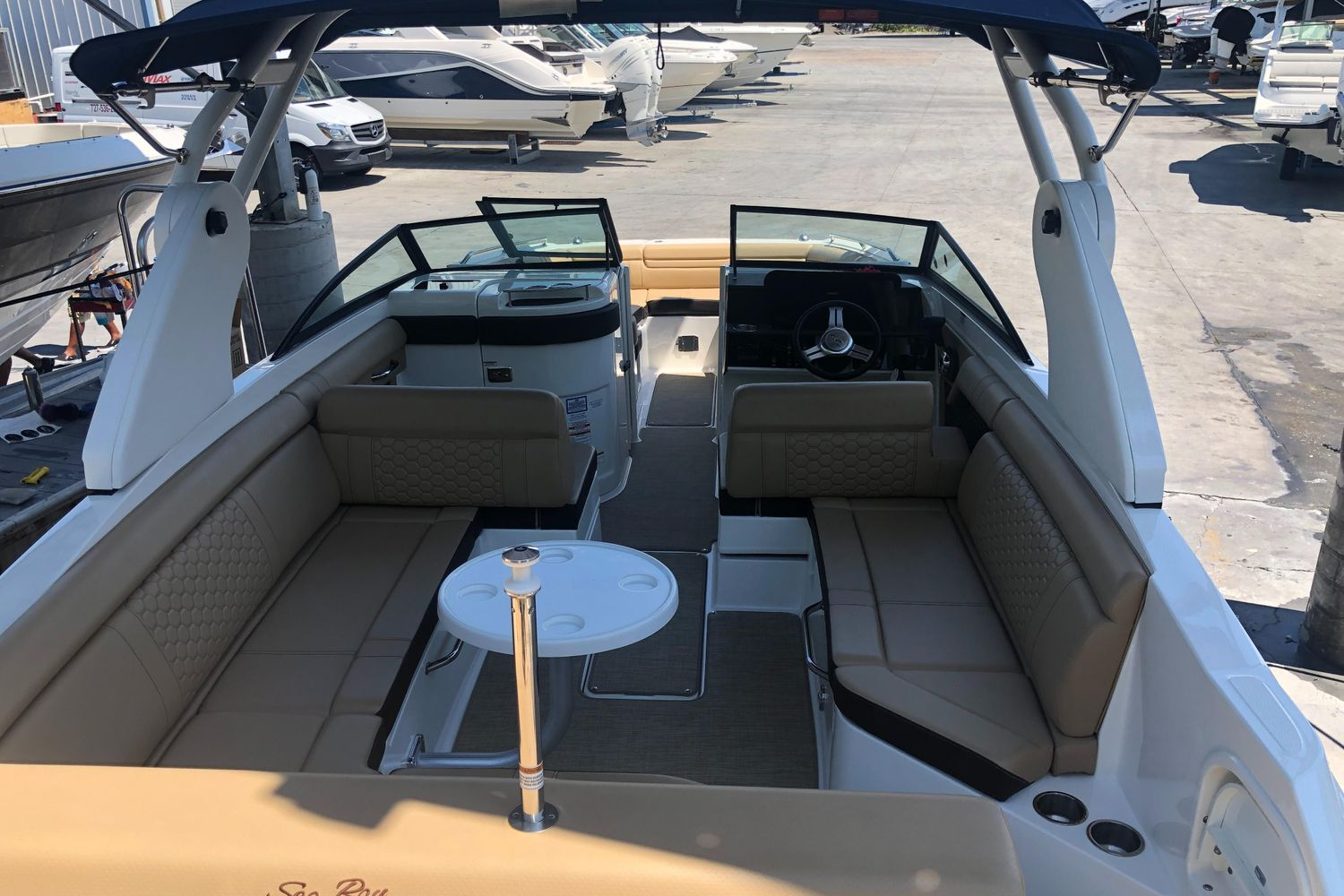 2019 Sea Ray                                                              SDX 270 Outboard Image Thumbnail #5