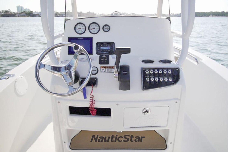 2021 NauticStar                                                              2102 Legacy Image Thumbnail #12