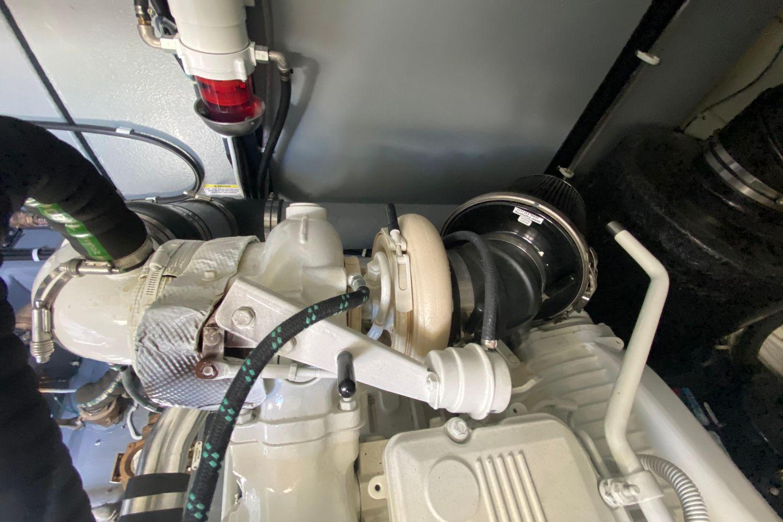 2018 Carver                                                              C52 Coupe Image Thumbnail #41