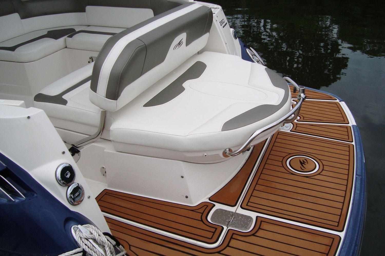 2014 Monterey                                                              260 Sport Yacht Image Thumbnail #5