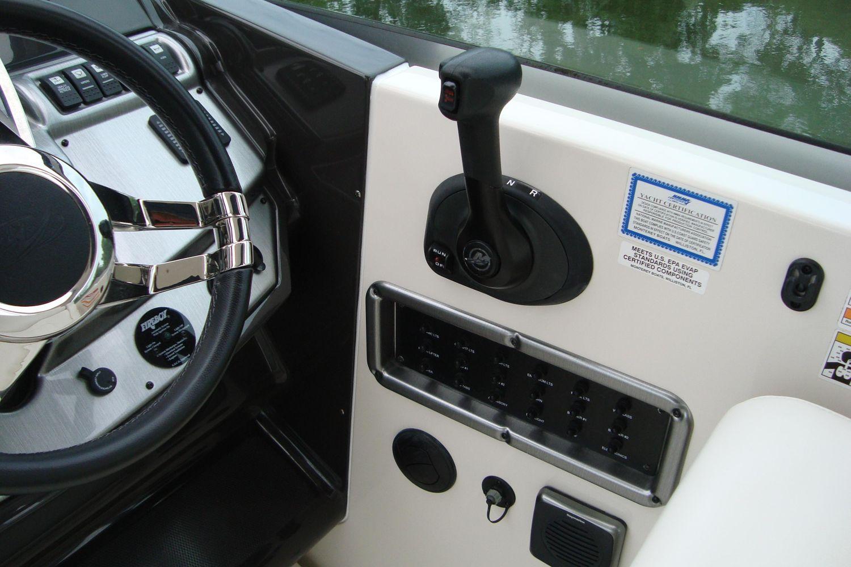 2014 Monterey                                                              260 Sport Yacht Image Thumbnail #13