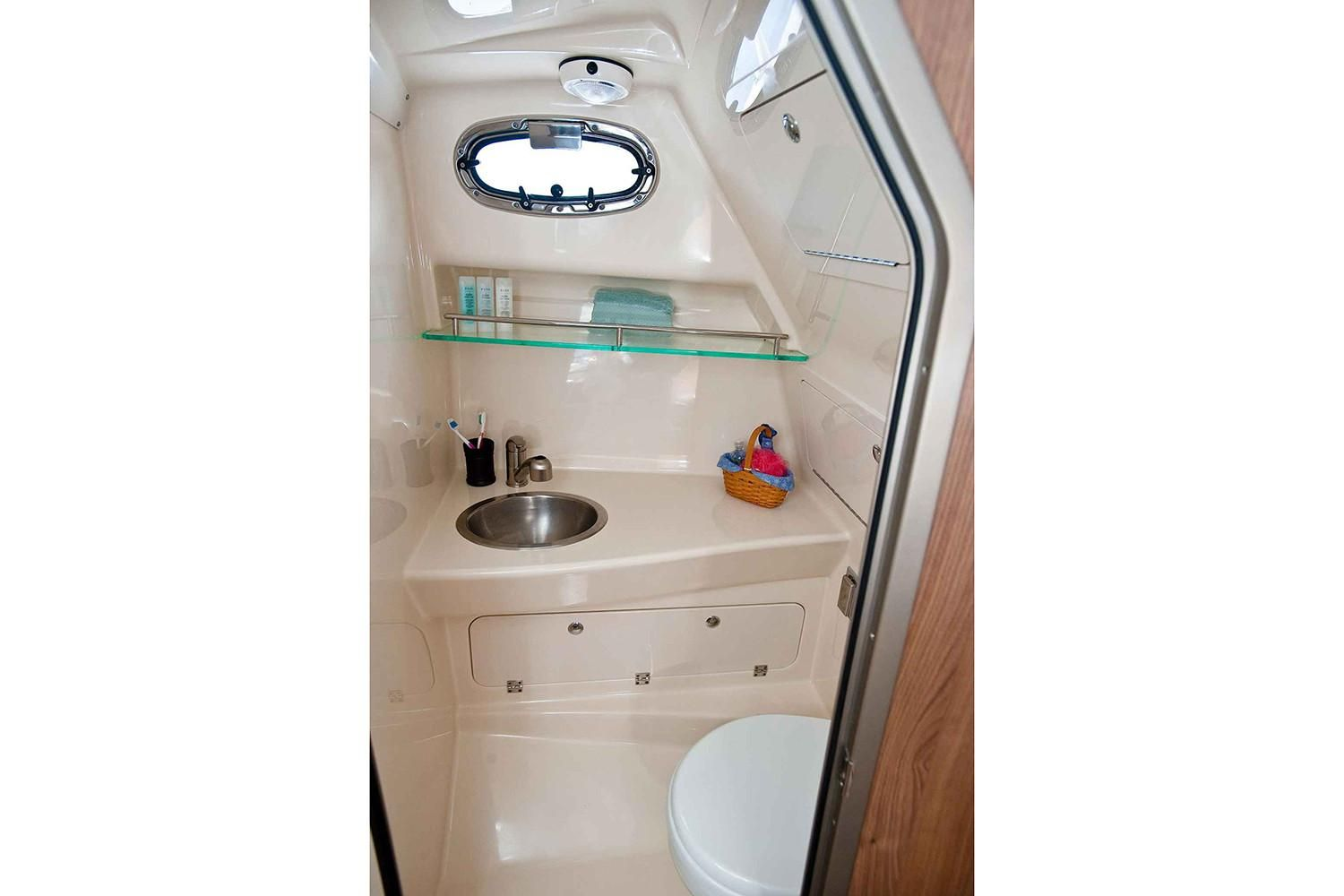 Photo 9 for 2021 Boston Whaler 285 Conquest