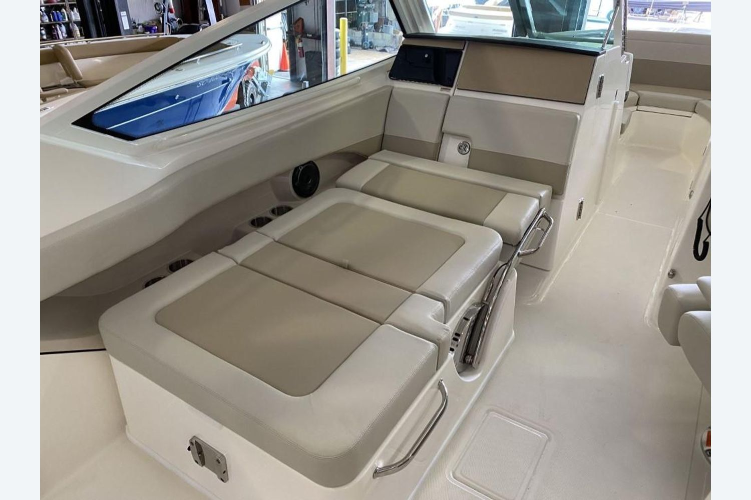 2021 Boston Whaler                                                              280 Vantage Image Thumbnail #20