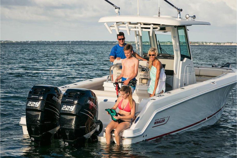 2021 Boston Whaler                                                              250 Outrage Image Thumbnail #4