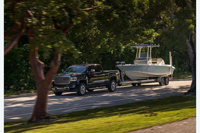 2022 Boston Whaler                                                              220 Dauntless Image Thumbnail #6
