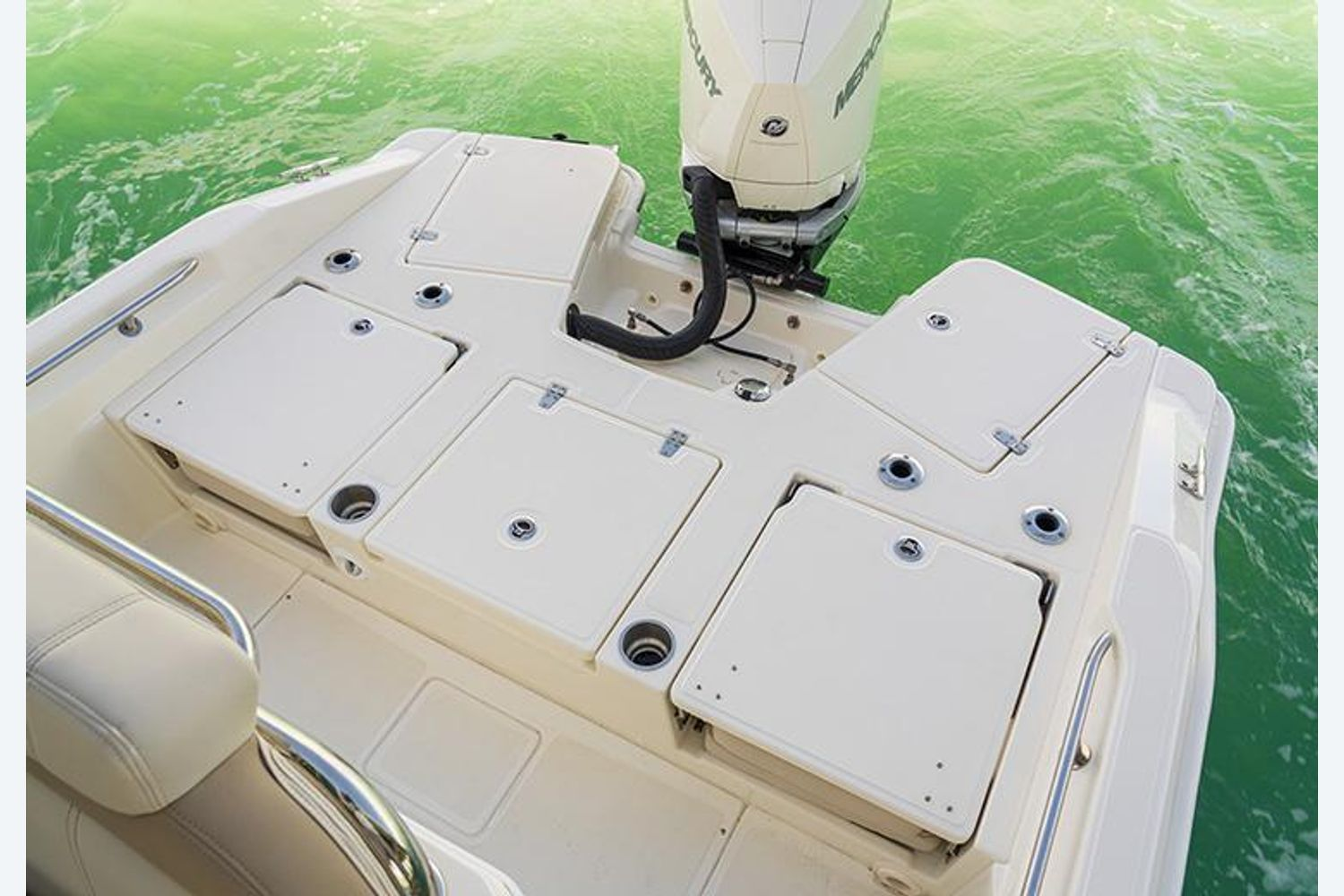 2022 Boston Whaler                                                              250 Dauntless Image Thumbnail #7