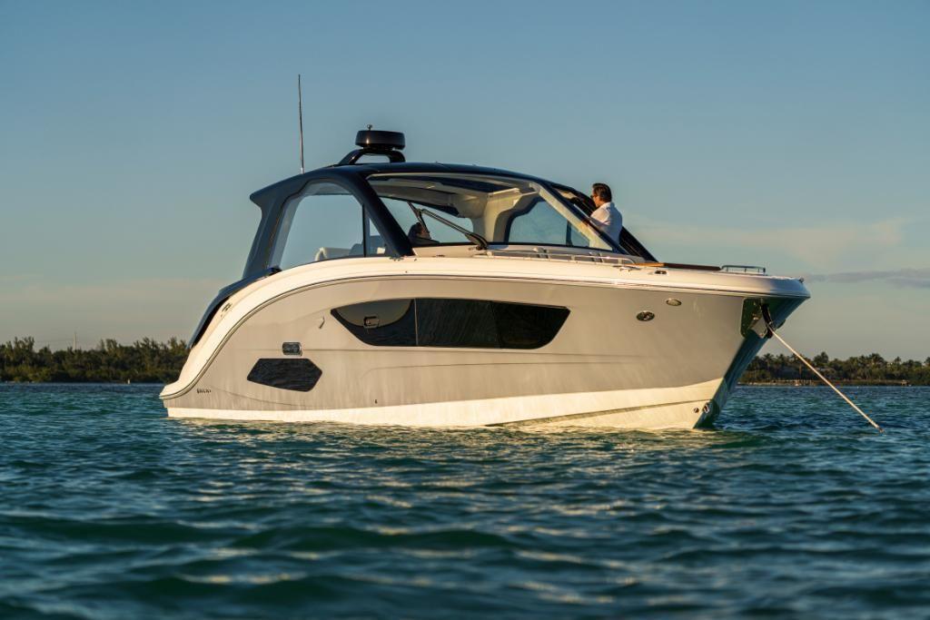 2021 Sea Ray                                                              Sundancer 370 Outboard Image Thumbnail #6
