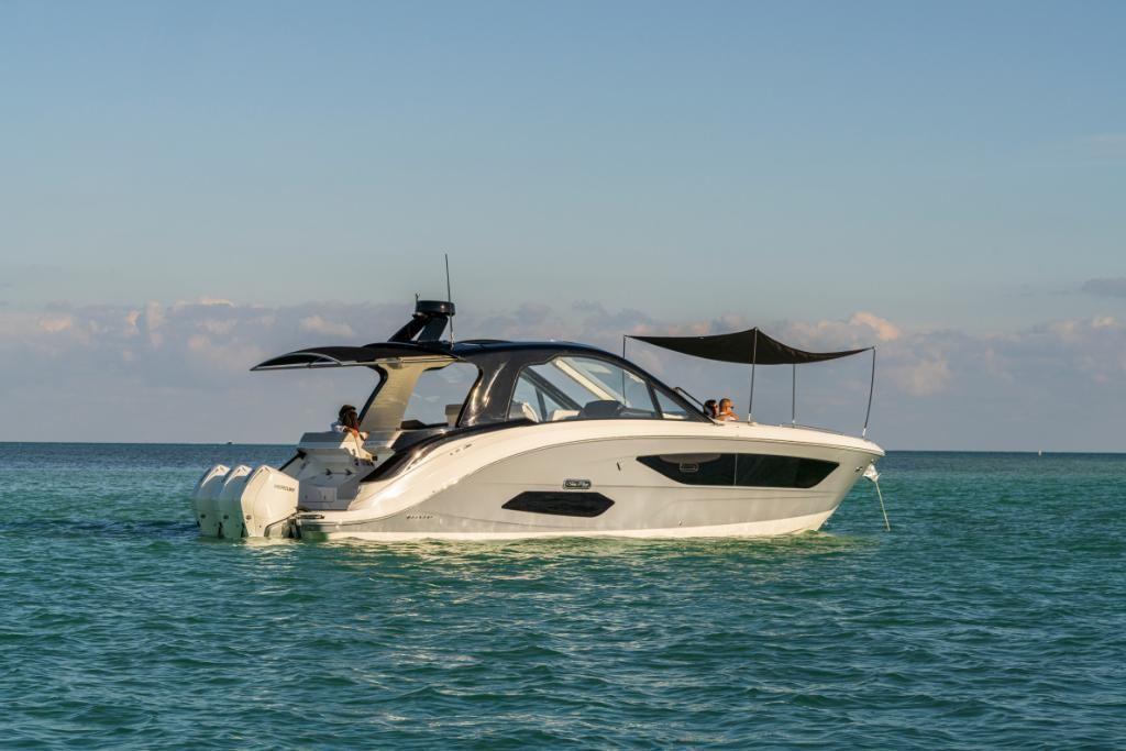 2021 Sea Ray                                                              Sundancer 370 Outboard Image Thumbnail #7