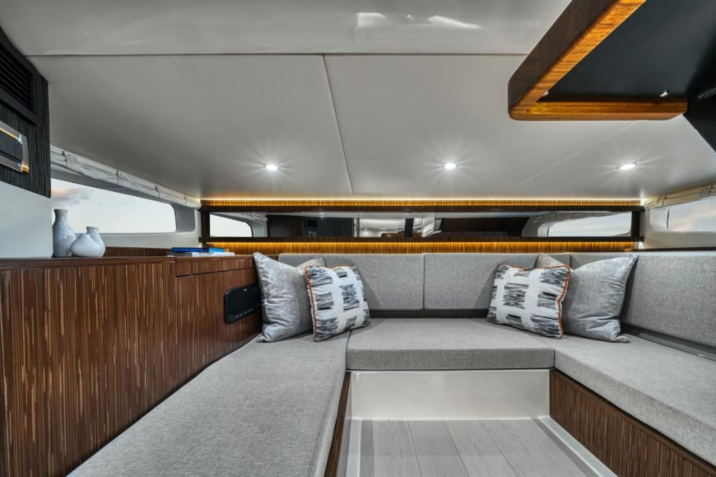 2021 Sea Ray                                                              Sundancer 370 Outboard Image Thumbnail #34