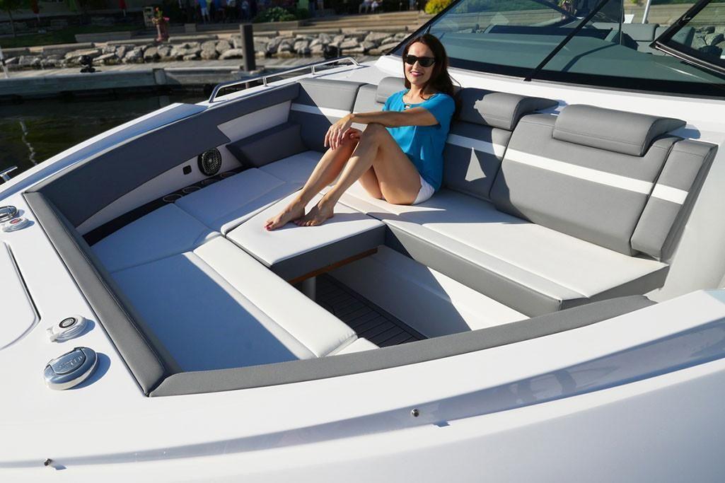 2021 Cruisers Yachts                                                              38 GLS Image Thumbnail #6