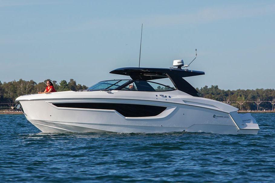 2021 Cruisers Yachts                                                              38 GLS Image Thumbnail #2