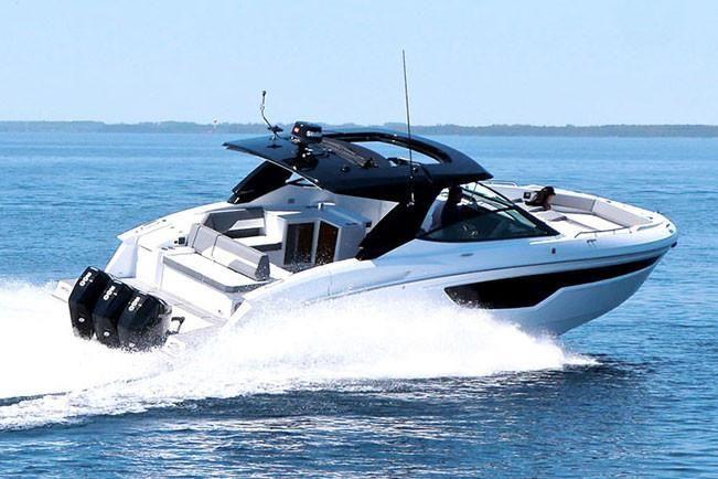 2021 Cruisers Yachts                                                              38 GLS Image Thumbnail #0