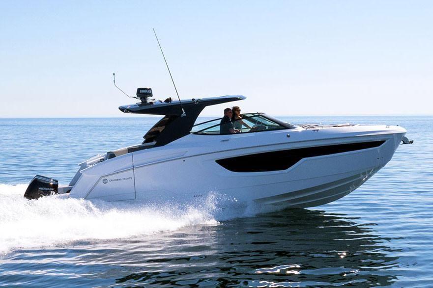 2021 Cruisers Yachts                                                              38 GLS Image Thumbnail #1