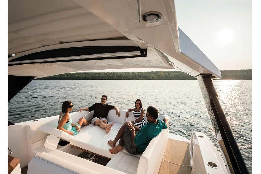 2022 Cruisers Yachts                                                              39 Express Coupe Image Thumbnail #5