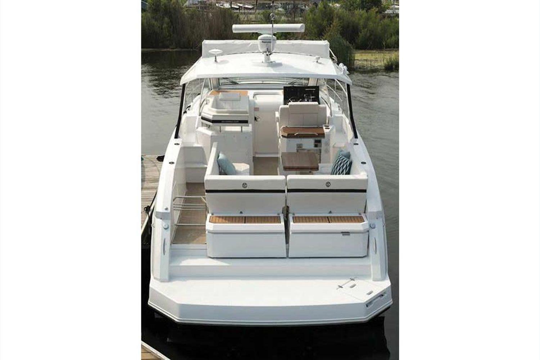 2022 Cruisers Yachts                                                              39 Express Coupe Image Thumbnail #9
