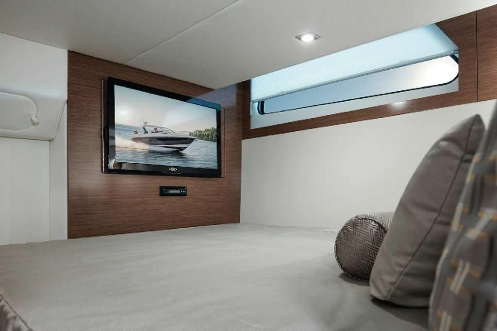 2022 Cruisers Yachts                                                              39 Express Coupe Image Thumbnail #20