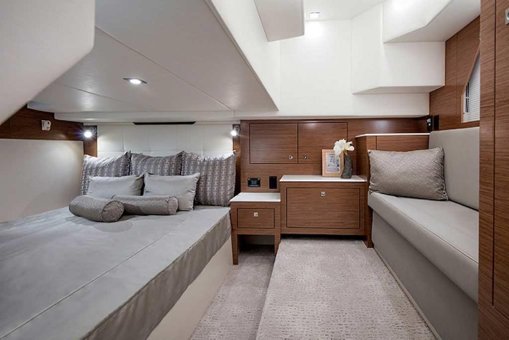 2022 Cruisers Yachts                                                              39 Express Coupe Image Thumbnail #19