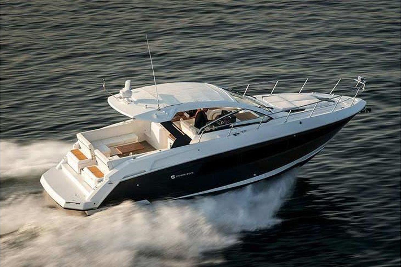 2022 Cruisers Yachts                                                              39 Express Coupe Image Thumbnail #0