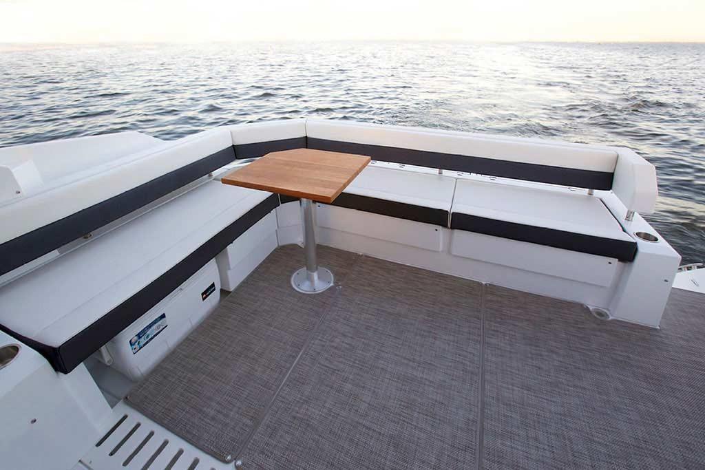 2022 Cruisers Yachts                                                              42 Cantius Image Thumbnail #6