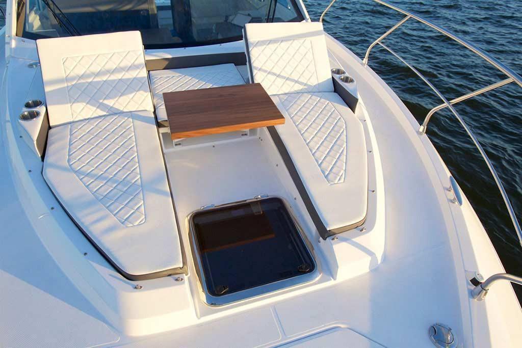 2022 Cruisers Yachts                                                              42 Cantius Image Thumbnail #4