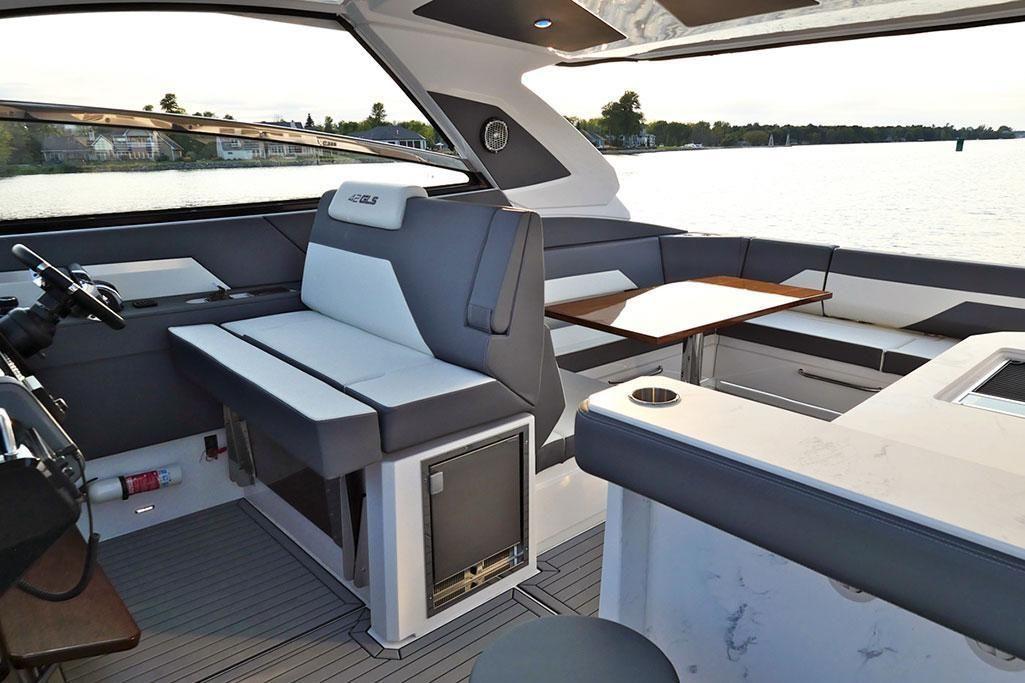 2021 Cruisers Yachts                                                              42 GLS Image Thumbnail #7