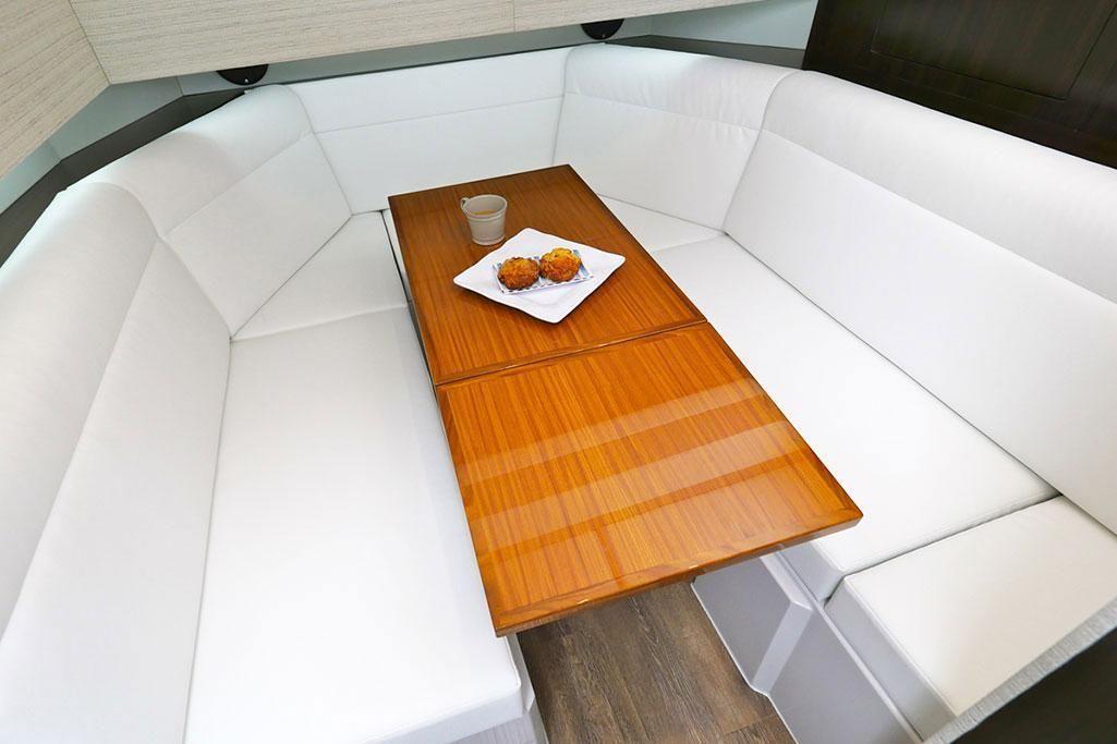 2021 Cruisers Yachts                                                              42 GLS Image Thumbnail #10